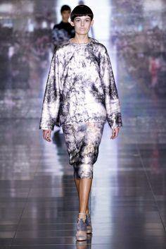 Mary Katrantzou Fall 2013 Ready-to-Wear Fashion Show - Sarah Dick