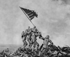 Flag raising on Iwo Jima - © Tony Leone