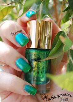 http://makeupsister.blogspot.de/2014/04/naildesign-never-green-duett.html