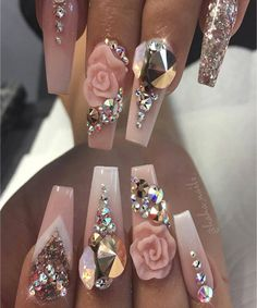 luxurious women wedding nails design