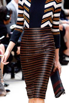 Pencil skirt for fall (plus 3 other summer trends transitioned to fall)
