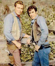 John Smith als Slim Sherman und Robert Fuller als Jess Harper  Am Fuß der blauen Berge