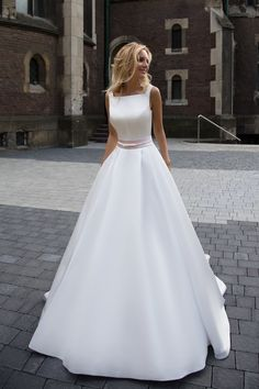 Свадебное платье Оксана Муха Robin ▶ Свадебный Торговый Центр Вега в Москве