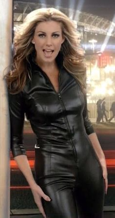 Leather Jumpsuit, Look Fashion, Womens Fashion, Leder Outfits, Mode Boho, Faith Hill, Leather Fashion, Sexy Outfits, Casual Outfits