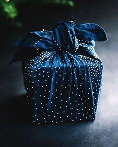 Zero waste gift wrapping, using fabrics, silks, scarves, bandanas, using Japanese furoshiki, very simple to do