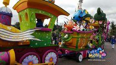 Minnie's Swing into spring train on Main Street USA Disneyland Paris DLP 2016 with finding Nemo & Dory