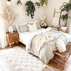 Boho Bedroom Diy, Room Design Bedroom, Room Ideas Bedroom, Home Decor Bedroom, Bedroom Inspo, Decor Room, Stylish Bedroom, Dream Bedroom, Bedroom Wall