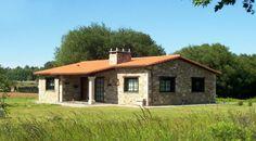 Construcciones Rústicas | Especializados en vivienda rústica Small Appartment, Stone Cabin, Brick Works, Tiny Living Rooms, Adobe House, Brick Architecture, A Frame Cabin, Stone Houses, Farmhouse Plans