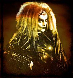 Nina Hagen - Mother of Punk Punk Rock Girls, Nina Hagen, Women Of Rock, Music Is Life, Fallen Angels, Wonder Woman, Musicians, Gothic, Channel