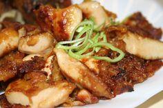 Moc dobré naložené kuřecí maso - maso nakrájíme na nudličky - všechno koření odměříme po lžičkách do skleničky a důkladně promícháme (lžičky koření musí být rovné - né...