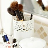 Beauty School: How to Clean Your Makeup Brushes. SO Important!!!