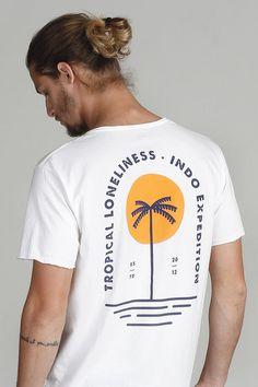 T shirt designs and concepts Graphics screen printing Shirt Logo Design, Tee Shirt Designs, Polo Design, Tee Design, Graphic Shirts, Printed Shirts, Mode Man, Poster S, Surfer