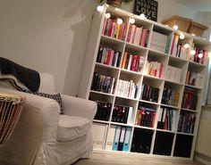 Een kijkje in mijn boekenkast... | Zo ziet mijn boekenkast er dus uit! #bookshelf #books