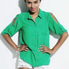 🔴 CLEARANCE! Green Open-Shoulder Button up Top This flowy button-up shirt has open shoulder sleeves with a roll up bottom feature. 100% Polyester.  >>> Please refer to sizing chart before selecting a size.   🔸Color: Emerald Green (shades may vary based on your screen settings)   📦 Fast Shipping!!  💰 Price is firm. Bundle & Save! Tops Blouses
