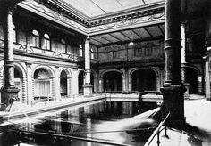 um 1900 Berlin - Schwimmhalle im Admiralitätspalast