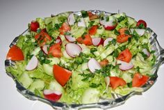 O kuchni z uczuciem : Sałatka z sałatą lodową i ogórkiem