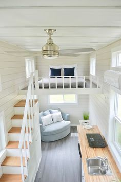 Tiny House Design Ideas To Inspire You; Easy Furniture DIY Projects For Interior… Tiny House Design Ideas To Inspire You; Easy Furniture DIY Projects For Interior Design; Cute Furniture Tiny House For Simple Life. Best Tiny House, Tiny House Plans, Tiny House With Loft, Tiny House On Wheels, Tiny Loft, Tiny House Cabin, Cabin Homes, Large Living Room Furniture, Tiny House Furniture