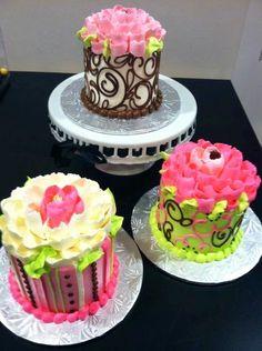 Classic white flower cake shoppe white flower bakery shoppe oh white flower cake shoppe mightylinksfo