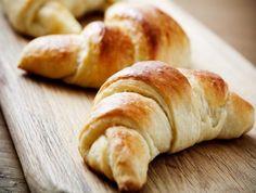 Over 4367 recipes for bread dishes. From Dad's Best Brownies to Diana's Zucchini Bread. Croissants, Croissant Vegan, Downeast Maine Pumpkin Bread, Dessert Diet, Vegan Store, Types Of Bread, Crunch, Jambalaya, Vegan Breakfast