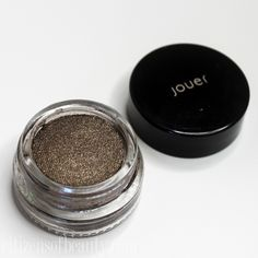 Have you seen the glamorous new shimmery eyeshadows by Jouer Cosmetics? Check out the Jouer Cosmetics Long-Wear Cream Mousse Eyeshadows, they are stunning! Jouer Cosmetics, Beauty Review, Mousse, Lashes, Eyeshadow, Make Up, Lips, Sky, Cream