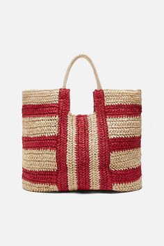 Today I'm going to share some Zara bags with you which are my favorite ones and also most compatible with new bag trends. Diy Burlap Bags, Online Zara, Latest Bags, Zara Bags, Stretch Belt, Crochet Handbags, Tote Bag, Knitted Bags, Zara Women