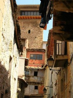 Home, Conservation Of Water, Vernacular Architecture, 14th Century, Pyrenees, Trekking