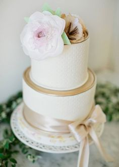 Brides: The 5 Most Popular Wedding Cake Bakers in San Francisco Wedding Cake Bakery, Wedding Sweets, Wedding Day Wishes, Brides Cake, Gourmet Cakes, Bakery Cakes, Wedding Cake Inspiration, Beautiful Wedding Cakes, Wedding Vendors