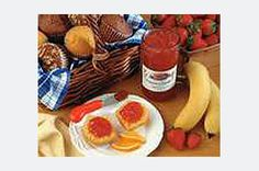 Recipe, grocery list, and nutrition info for Certo Strawberry Banana Jam. Fresh strawberries and bananas, sugar, lemon juice and fruit pectin are cooked briefly then processed in a canner for scrumptious homemade jam. Strawberry Banana Jam Recipe, Strawberry Freezer Jam, Strawberry Jelly, Blueberry Jam, Kraft Recipes, Jam Recipes, Canning Recipes, Jam And Jelly, Grape Jelly