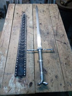Fantasy Battle, Fantasy Armor, Fantasy Weapons, Sword Design, Sword And Sorcery, Weapon Concept Art, The Witcher, Knife Making, Blacksmithing