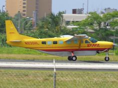Photo of DHL Cessna Caravan (N930HL) ✈ FlightAware Cessna Caravan, Cargo Airlines, Airplanes, Color Schemes, Aviation, Aircraft, Canada, Profile, Image