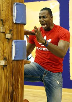 Dwight Howard, Wing Chun Master! Haha not a Lakers fan but Dwight Howard sure is getting into gettin into kicking that things butt!