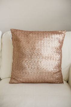 Rose Gold sequin Pillow / Sequin Pillow / Rose Gold / Wedding Gift / Girls room / Dorm decor / glitz / Sparkle/ girly room by Luandluboutique on Etsy