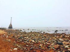 Lonely lighthouse 🚦 At first it was standing in a meadow not far fron the coastal cliff.  #lighthouse #beach #sea #naturaldriftwoodart #driftwoodart #woodart #love #beachcrafts #surf #swimming #swim #bikini #summer #summerchill #chill #nature #stones #instagram #instacool #instamoment #purelife #landscape #kthandmadedesign