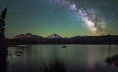 Milkyway over Lassen Peak in Northern California. [OC][25001531]