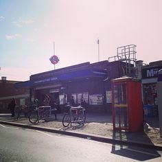 #Dagenham Heathway tube station