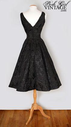 1950's Audrey Hepburn style dress....... Love this!! Keepin it classy!