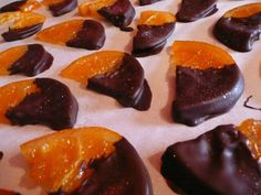 Dark Chocolate Dipped, Candied Oranges. Candied Fruit, Chocolate Dipped, Dips, Sweet Treats, Pudding, Favorite Recipes, Craft Ideas, Desserts, Crafts
