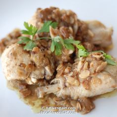 Another one of my favourite recipes from the Spanish Cooking Uncovered: Farmhouse Favourites cookery book. Tapas Recipes, Paleo Recipes, Cooking Recipes, Clean Chicken, How To Cook Chicken, Murcia, Best Spanish Food, My Favorite Food, Favorite Recipes