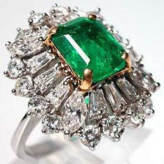 Vintage Natural Emerald & Diamond Ring
