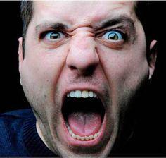 homem gritando - Pesquisa Google