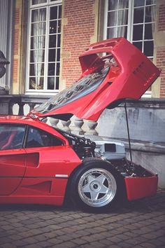 Ferrari F40 by André Ritzinger