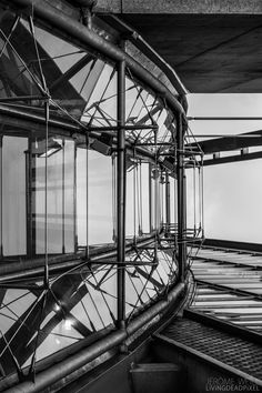 Spaceship by LiViNGDEADPiXEL  on 500px  #Abstract #Archi #Architecture #Art #Artistic #B&W #Black and White #Building #Contrast #Contraste #France #Gare #Gare Montparnasse #Geometric #Geometry #Lightroom #Lignes #Lines #Montparnasse #Paris #Reflection #Reflets #Reflexion #Shadows #Space #Surreal #Symmetry #Windows #exposure #light