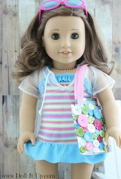 A button beach bag for dolls
