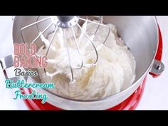 Per/ Debbie - the best buttercream icing; Learn how to make my easy, Best-Ever Vanilla Buttercream Frosting recipe, with my chef-tested tips and techniques for perfect Buttercream Icing every time! Vanilla Buttercream Frosting, Icing Frosting, Icing Recipe, Frosting Recipes, Cake Recipes, Dessert Recipes, Cake Icing, Fun Desserts, Eat Cake