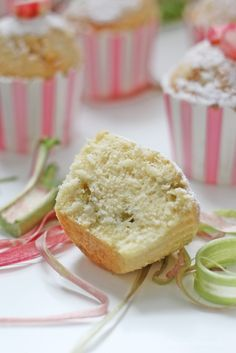 Rhabarber-Wölkchen-Muffins