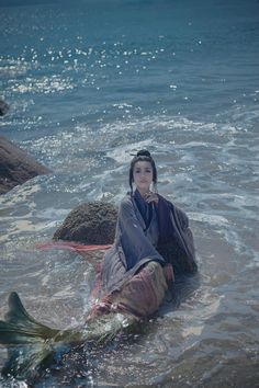 """ziseviolet: """" Chinese Mermaid -《 鲛人 》- Jiaoren The Chinese mermaid is called 鲛人/jiāorén. In addition to their beautiful appearance, they are also outstanding craftspeople. According to """"In Search of..."""