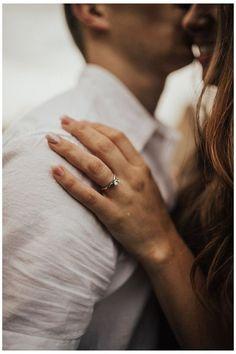 Engagement Ring Photography, Engagement Photo Poses, Couple Photography Poses, Engagement Couple, Engagement Pictures, Engagement Shoots, Country Engagement, Fall Engagement, Wedding Fotos