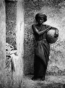 Een Bantoe slaaf in Mogadishu,Somalië (1882–1883).