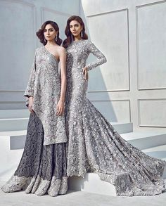 Couture perfection with breathtaking details and silhouettes ✨✨ Indian Bridal Wear, Pakistani Wedding Dresses, Pakistani Outfits, Indian Dresses, Indian Outfits, Lehenga Wedding, Moda Indiana, Celebridades Fashion, Asian Wedding Dress