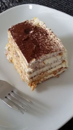 Healthy Dessert Recipes, Delicious Desserts, Yummy Food, Marie Biscuit Cake, Chocolate Deserts, Gateaux Cake, Homemade Pie, Bakery Recipes, Pie Dessert